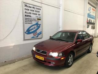 Volvo-S40